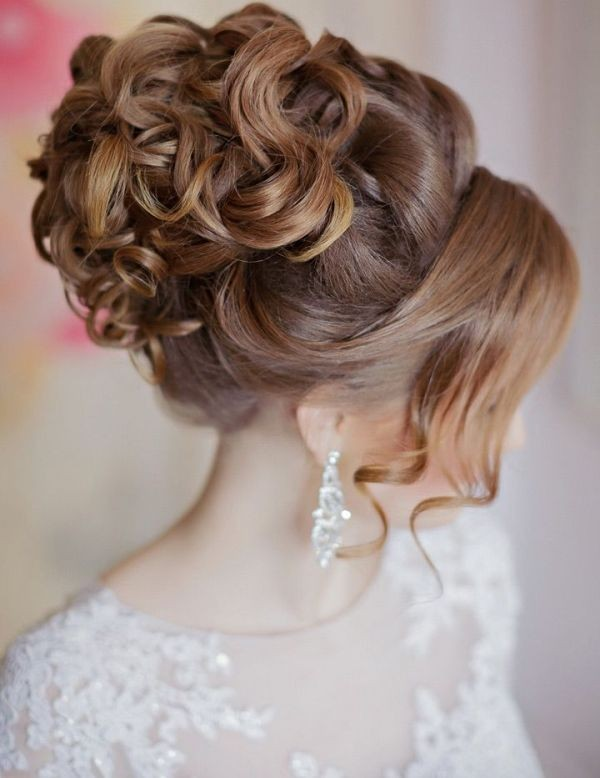 wedding-hairstyles-2017-181 81+ Beautiful Wedding Hairstyles for Elegant Brides in 2020