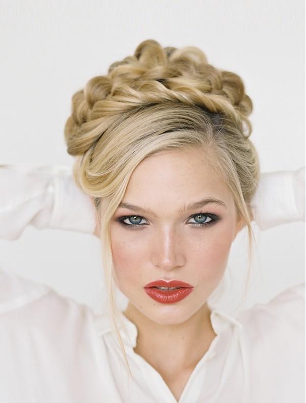 wedding-hairstyles-2017-189 81+ Beautiful Wedding Hairstyles for Elegant Brides in 2020