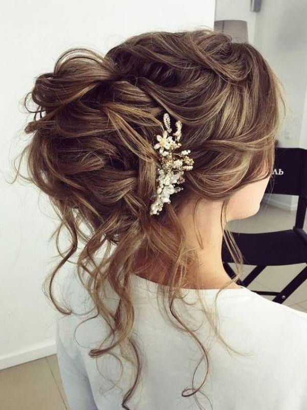 wedding-hairstyles-2017-192 81+ Beautiful Wedding Hairstyles for Elegant Brides in 2020