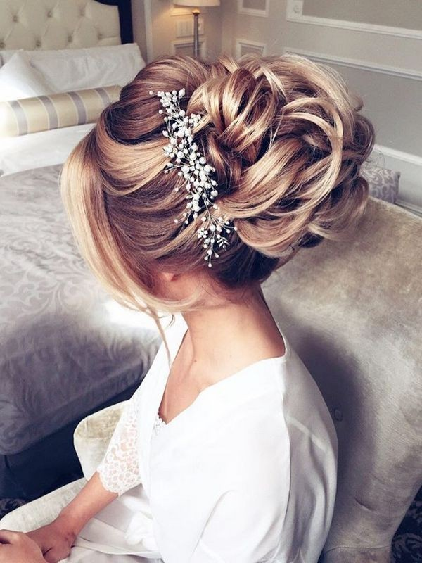 wedding-hairstyles-2017-194 81+ Beautiful Wedding Hairstyles for Elegant Brides in 2020