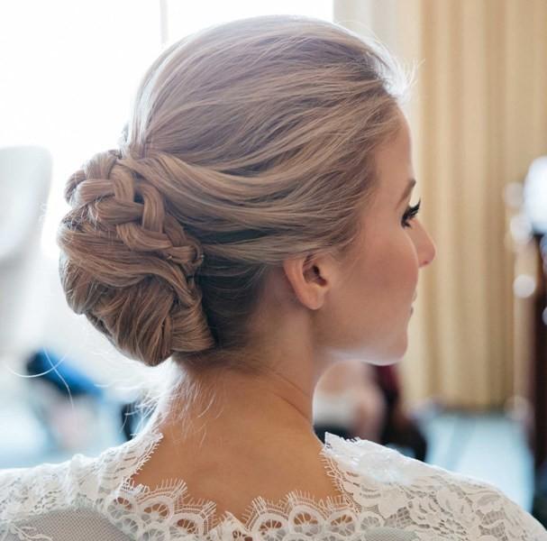 wedding-hairstyles-2017-203 81+ Beautiful Wedding Hairstyles for Elegant Brides in 2020