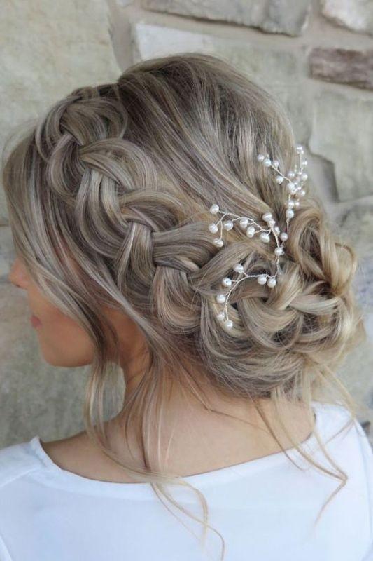 wedding-hairstyles-2017-24 81+ Beautiful Wedding Hairstyles for Elegant Brides in 2020