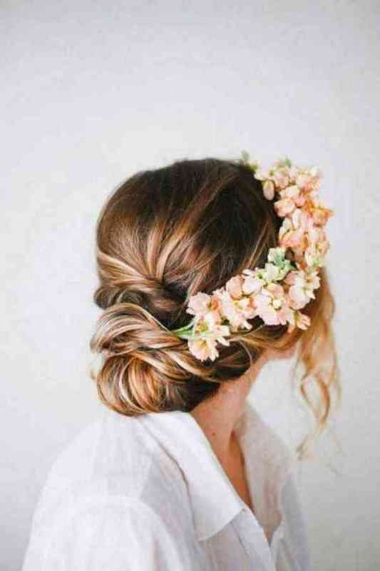 wedding-hairstyles-2017-42 81+ Beautiful Wedding Hairstyles for Elegant Brides in 2020