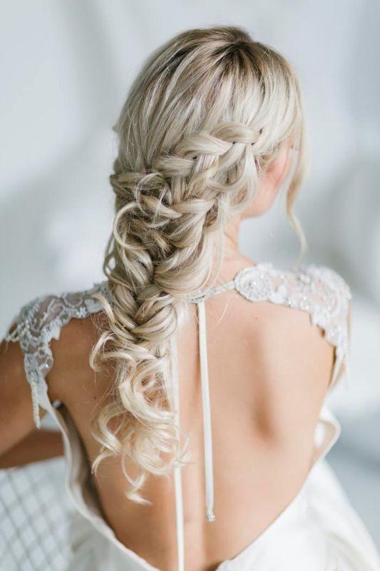 wedding-hairstyles-2017-43 81+ Beautiful Wedding Hairstyles for Elegant Brides in 2020
