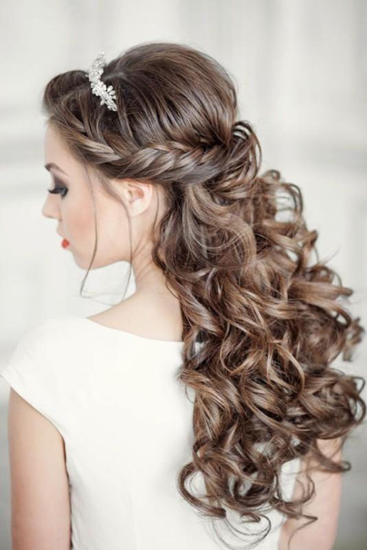 wedding-hairstyles-2017-54 81+ Beautiful Wedding Hairstyles for Elegant Brides in 2020