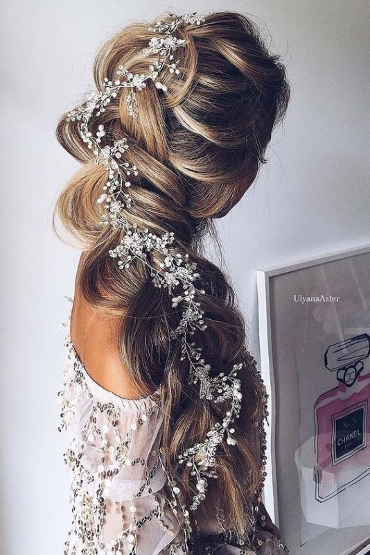 wedding-hairstyles-2017-68 81+ Beautiful Wedding Hairstyles for Elegant Brides in 2020