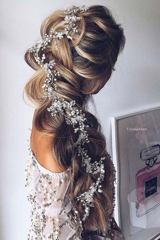 wedding-hairstyles-2017-68 81+ Beautiful Wedding Hairstyles for Elegant Brides in 2020