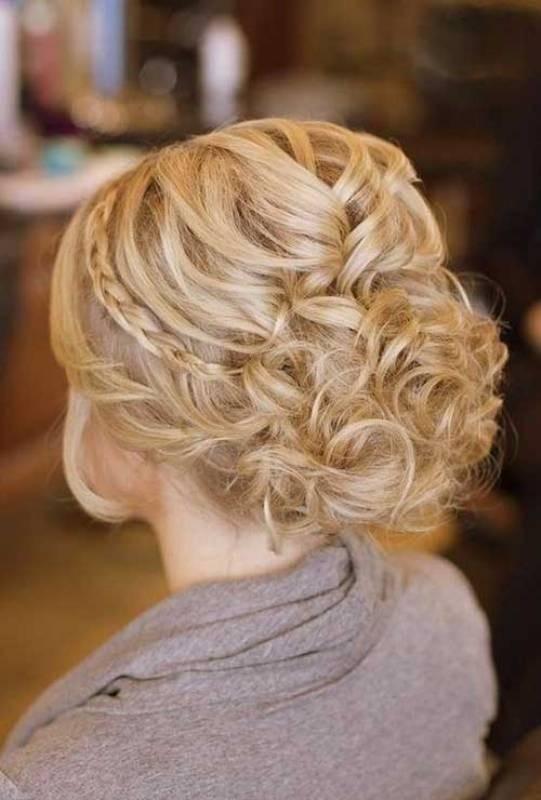 wedding-hairstyles-2017-76 81+ Beautiful Wedding Hairstyles for Elegant Brides in 2018