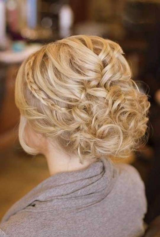 wedding-hairstyles-2017-76 81+ Beautiful Wedding Hairstyles for Elegant Brides in 2020