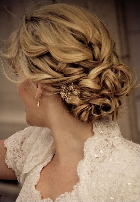wedding-hairstyles-2017-84 81+ Beautiful Wedding Hairstyles for Elegant Brides in 2020