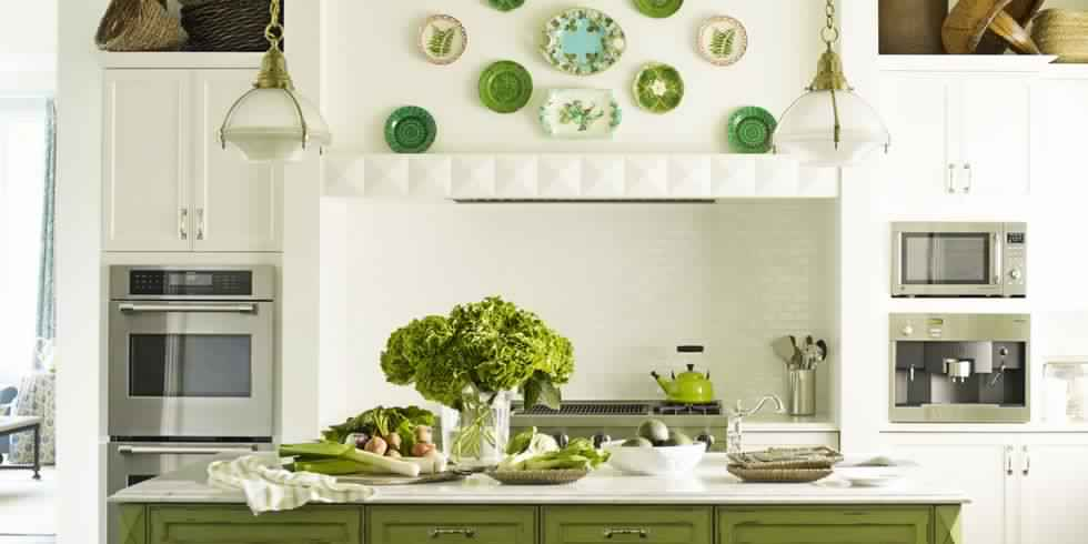 54c039102c743_-_hbx-green-gingham-ceiling-s2 Great Ways to Make Your Dream Green Kitchen
