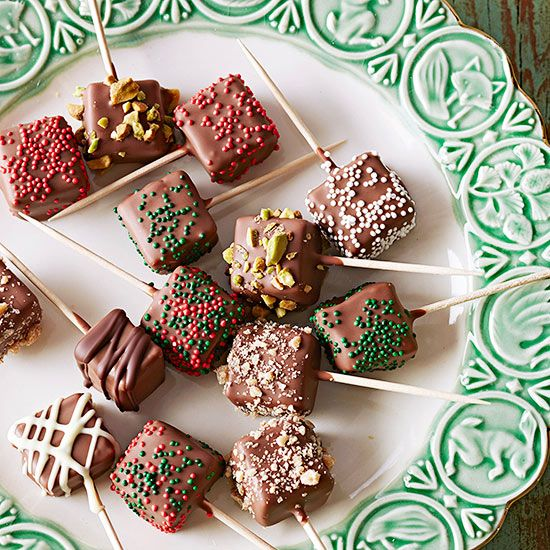 Candy-Box-Caramels 25 Romantic Chocolate Treats for the Valentine's Day