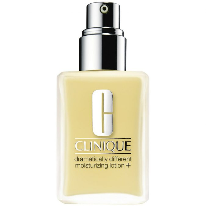 Clinique-Dramatically-Different-Moisturizing-Lotion-675x675 18 Best-selling makeup products of all time