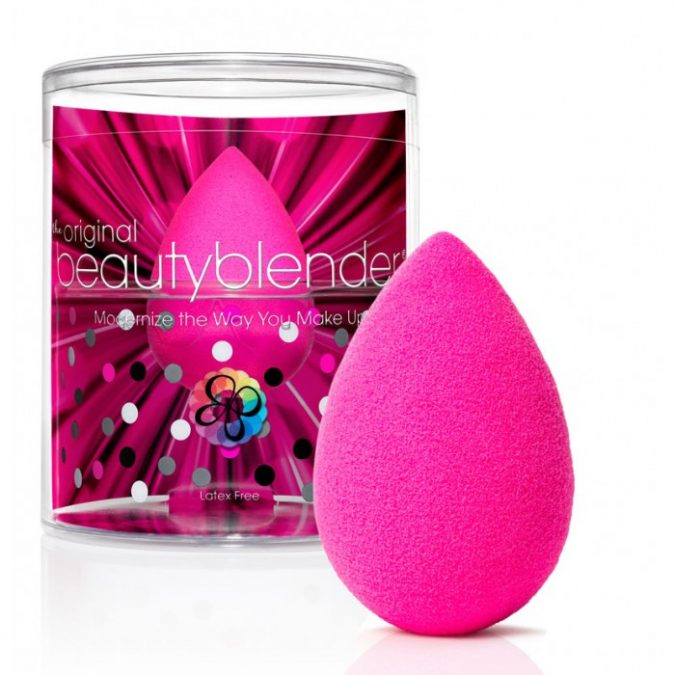 The-Original-Beautyblender-675x675 11 Tips on Mixing Antique and Modern Décor Styles