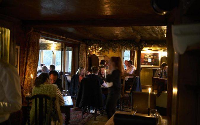 The-Three-Chimneys-Restaurant-675x422 Best Rated Restaurants in The UK