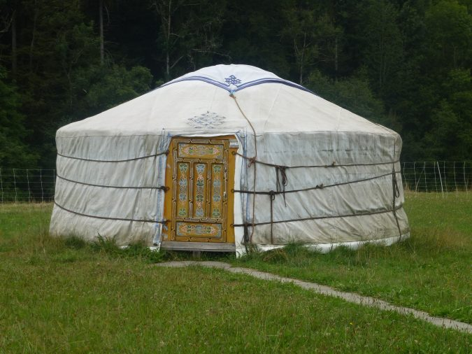 Yurts-675x506 TOP 10 Alternatives To Hotel Accommodation in Europe