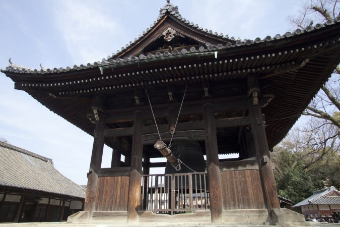 buddhist-temple-in-Japan-675x450 New Year around the World.. One Event, Various Traditions
