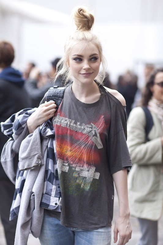 catchy-tees-for-school-11 10+ Cool Back-to-School Outfit Ideas for 2018