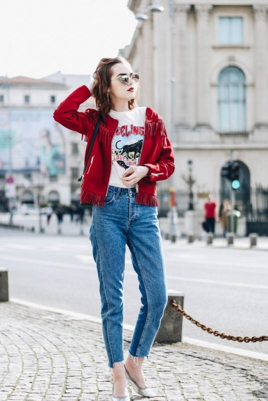catchy-tees-for-school-16 10+ Cool Back-to-School Outfit Ideas for 2020