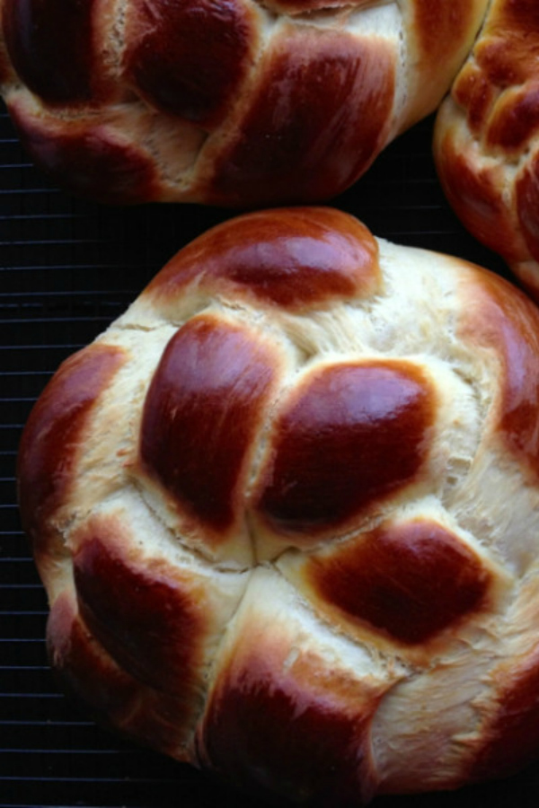 choereg-armenian-easter-bread-rounds-600x900 New Year around the World.. One Event, Various Traditions