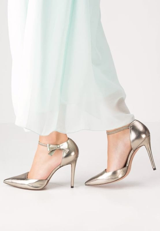 colored-wedding-shoes-51 85+ Most Amazing Colored Wedding Shoes in 2020
