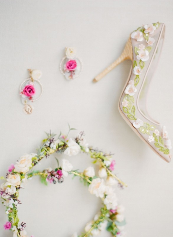 colored-wedding-shoes-60 85+ Most Amazing Colored Wedding Shoes in 2020