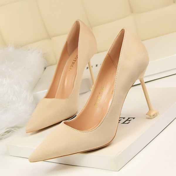 colored-wedding-shoes-80 85+ Most Amazing Colored Wedding Shoes in 2020