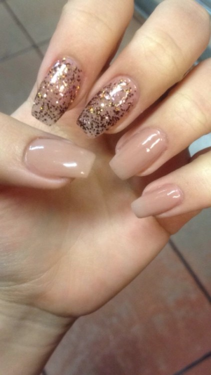 glitter-nail-art-ideas-10 11 Tips on Mixing Antique and Modern Décor Styles
