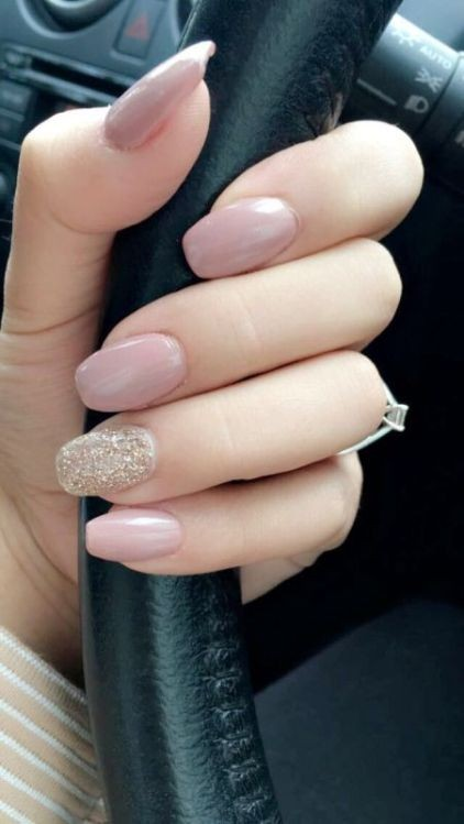 glitter-nail-art-ideas-11 89+ Glitter Nail Art Designs for Shiny & Sparkly Nails