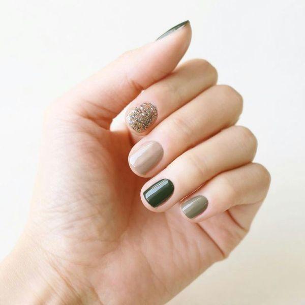 glitter-nail-art-ideas-116 89+ Glitter Nail Art Designs for Shiny & Sparkly Nails