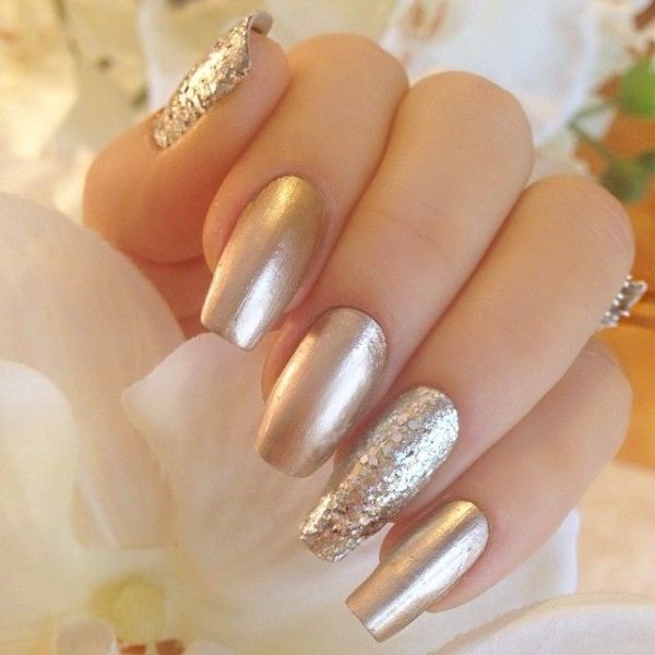 glitter-nail-art-ideas-124 89+ Glitter Nail Art Designs for Shiny & Sparkly Nails