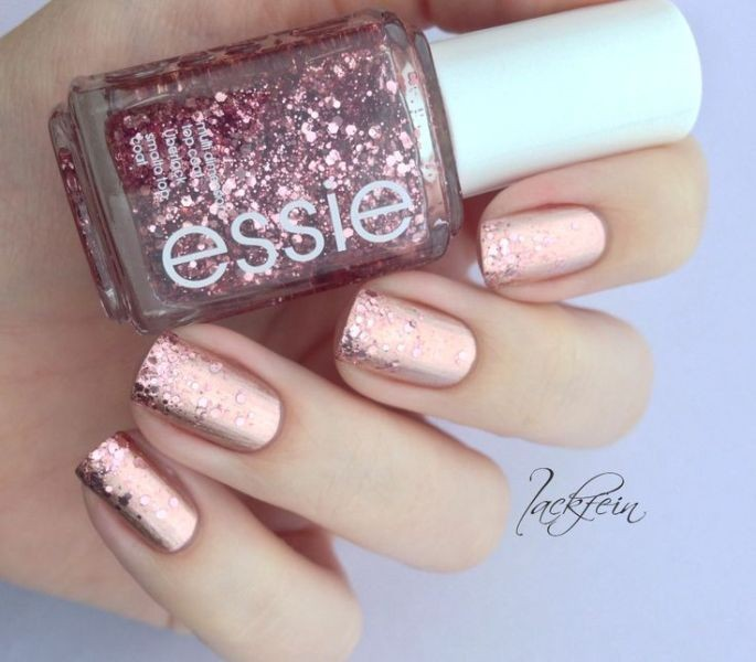 glitter-nail-art-ideas-200 11 Tips on Mixing Antique and Modern Décor Styles