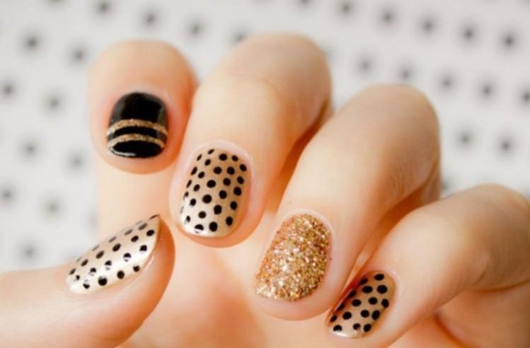 glitter-nail-art-ideas-205 89+ Glitter Nail Art Designs for Shiny & Sparkly Nails