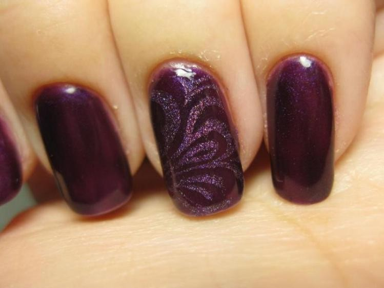 glitter-nail-art-ideas-209 11 Tips on Mixing Antique and Modern Décor Styles