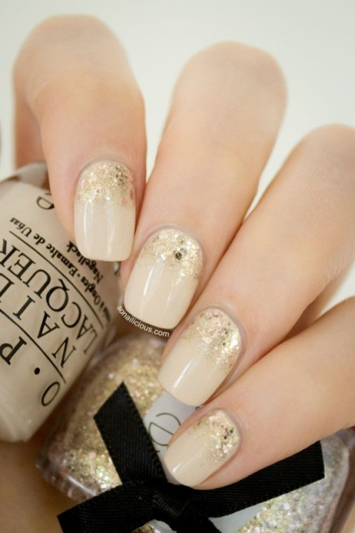 glitter-nail-art-ideas-27 11 Tips on Mixing Antique and Modern Décor Styles