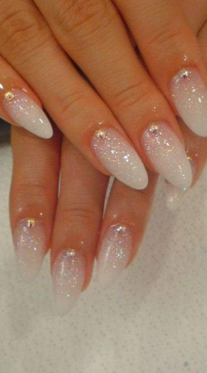 glitter-nail-art-ideas-3 89+ Glitter Nail Art Designs for Shiny & Sparkly Nails