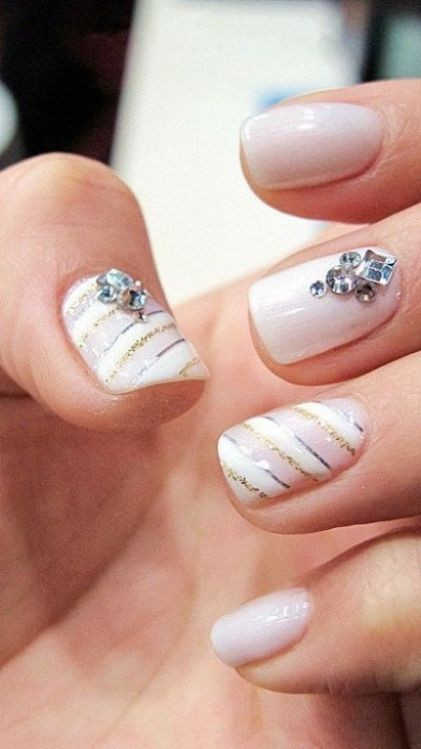 glitter-nail-art-ideas-4 89+ Glitter Nail Art Designs for Shiny & Sparkly Nails