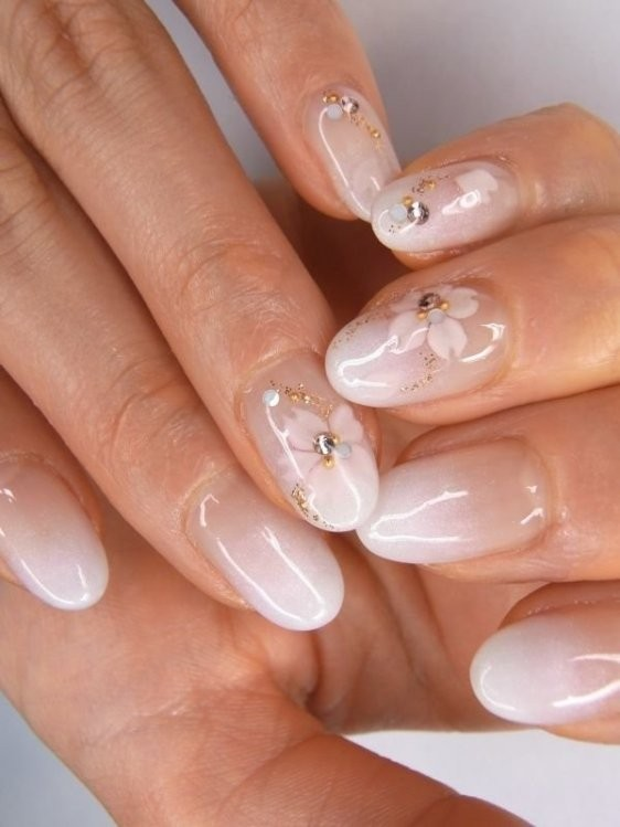 glitter-nail-art-ideas-45 11 Tips on Mixing Antique and Modern Décor Styles