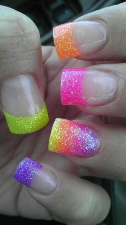 glitter-nail-art-ideas-5 89+ Glitter Nail Art Designs for Shiny & Sparkly Nails