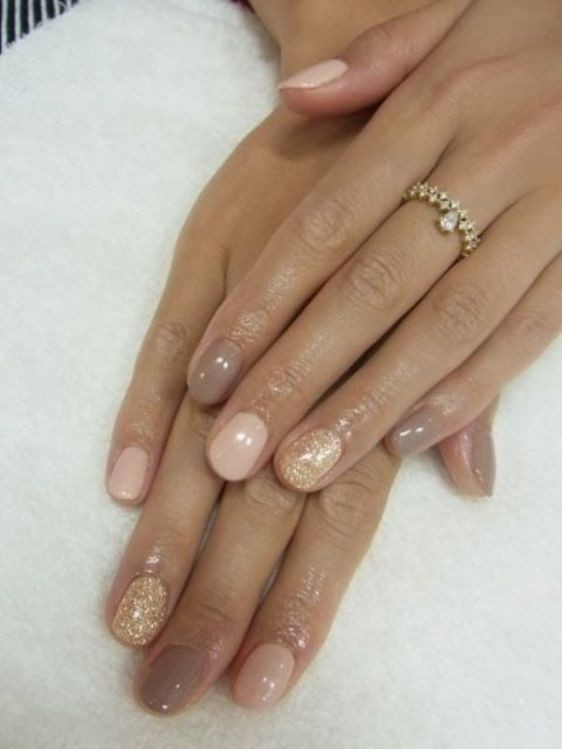 glitter-nail-art-ideas-51 89+ Glitter Nail Art Designs for Shiny & Sparkly Nails