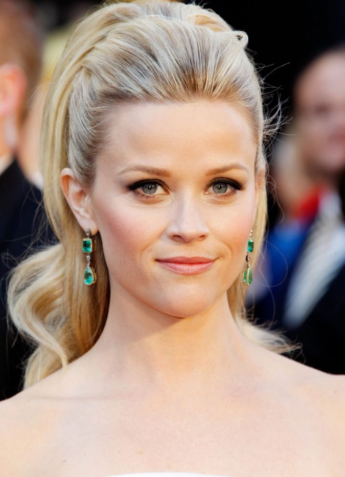 high-ponytail-675x934 16 Celebrity Hottest Hair Trends for Summer 2017