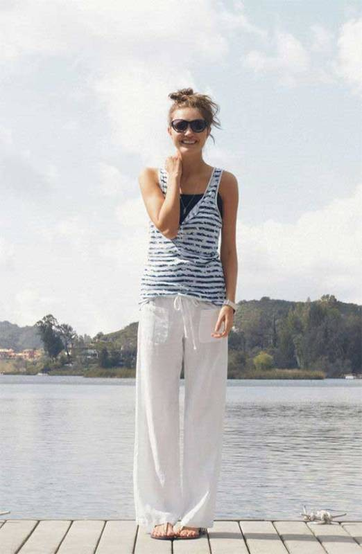 high-waist-trousers-for-school 10+ Cool Back-to-School Outfit Ideas for 2018