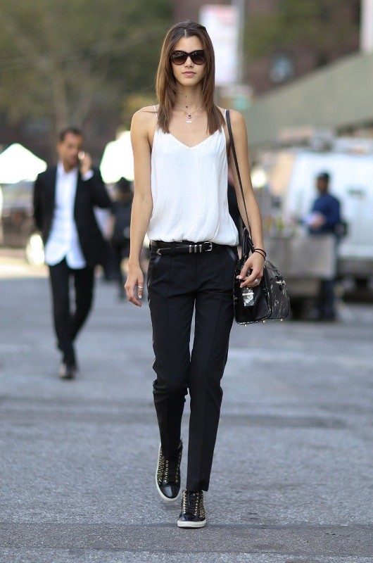 jeans-for-school-13 10+ Cool Back-to-School Outfit Ideas for 2020