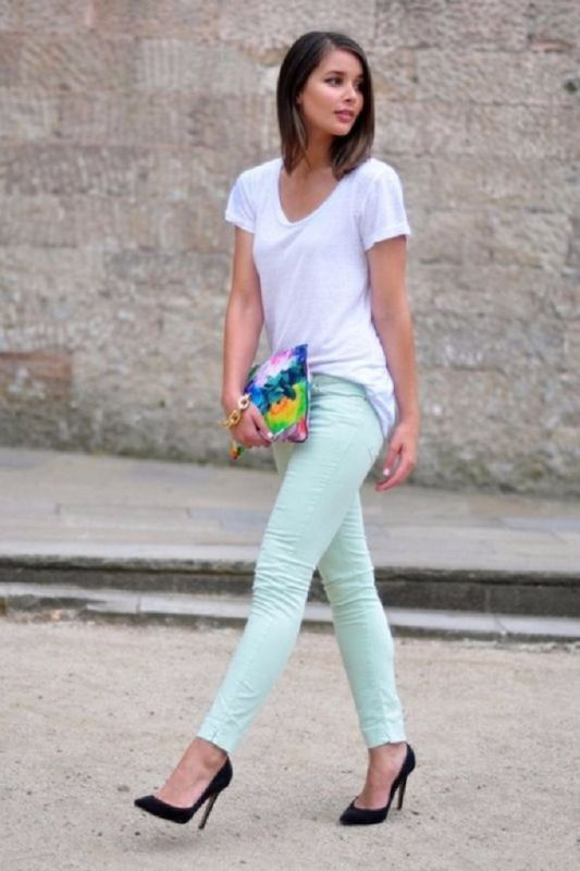 jeans-for-school-15 10+ Cool Back-to-School Outfit Ideas for 2020