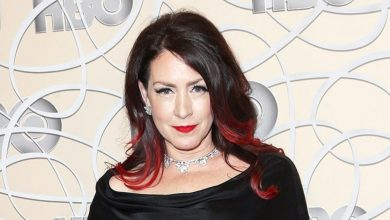 joely-fisher-brunette-crimson-hairstyle-390x220 Top 10 Best Celebrity Hair Stylists in 2019