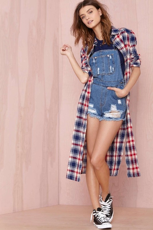 overalls-for-school-15 10+ Cool Back-to-School Outfit Ideas for 2020