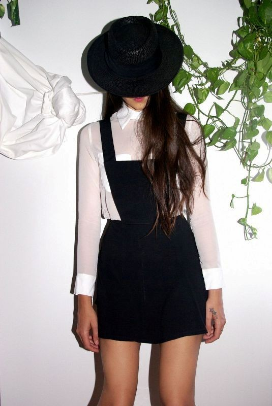 overalls-for-school-17 10+ Cool Back-to-School Outfit Ideas for 2020