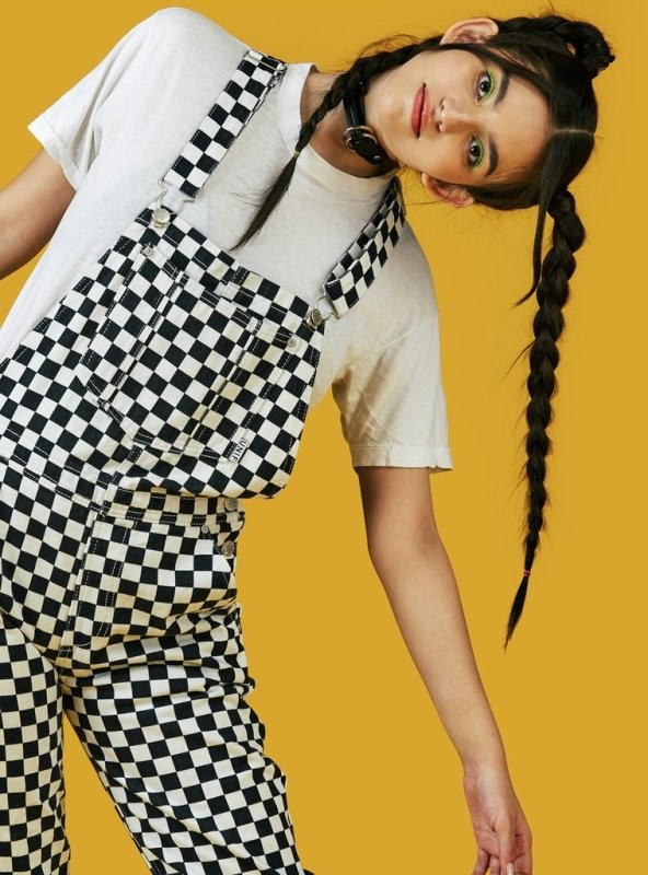 overalls-for-school-21 10+ Cool Back-to-School Outfit Ideas for 2020
