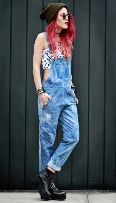 overalls-for-school 10+ Cool Back-to-School Outfit Ideas for 2020