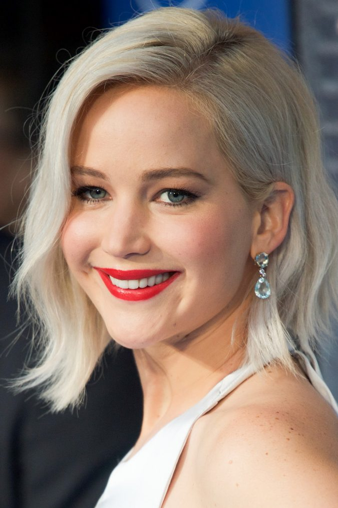 platinum-blonde-hair-Jennifer-Lawrence-675x1013 16 Celebrity Hottest Hair Trends for Summer 2017